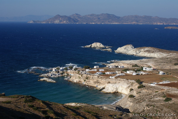 Kimolos and Sifnos in the background